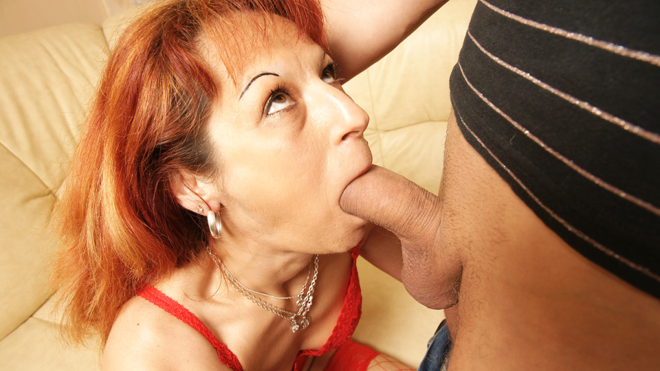 creampie housewife anal
