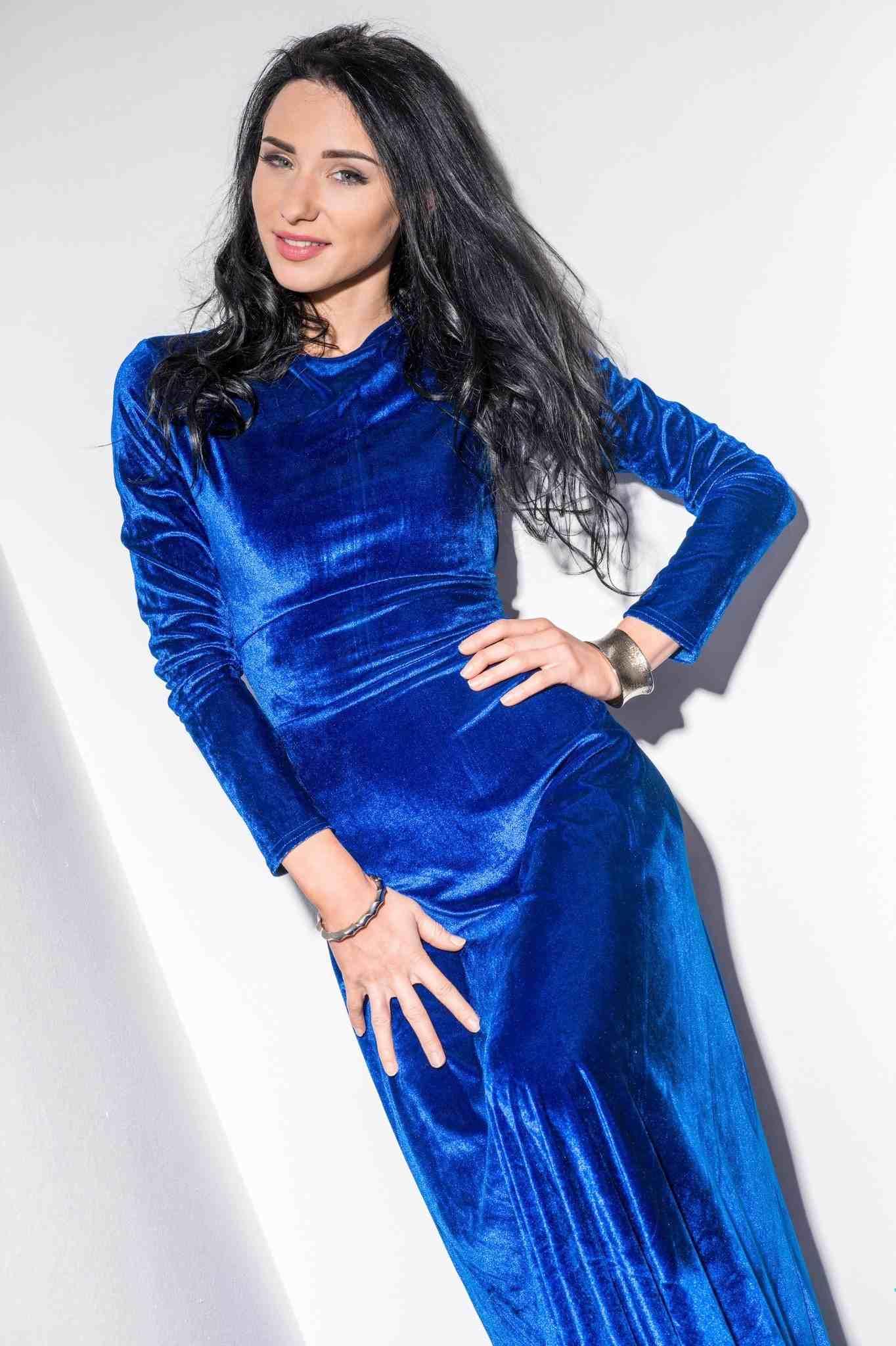 Angelina Lee