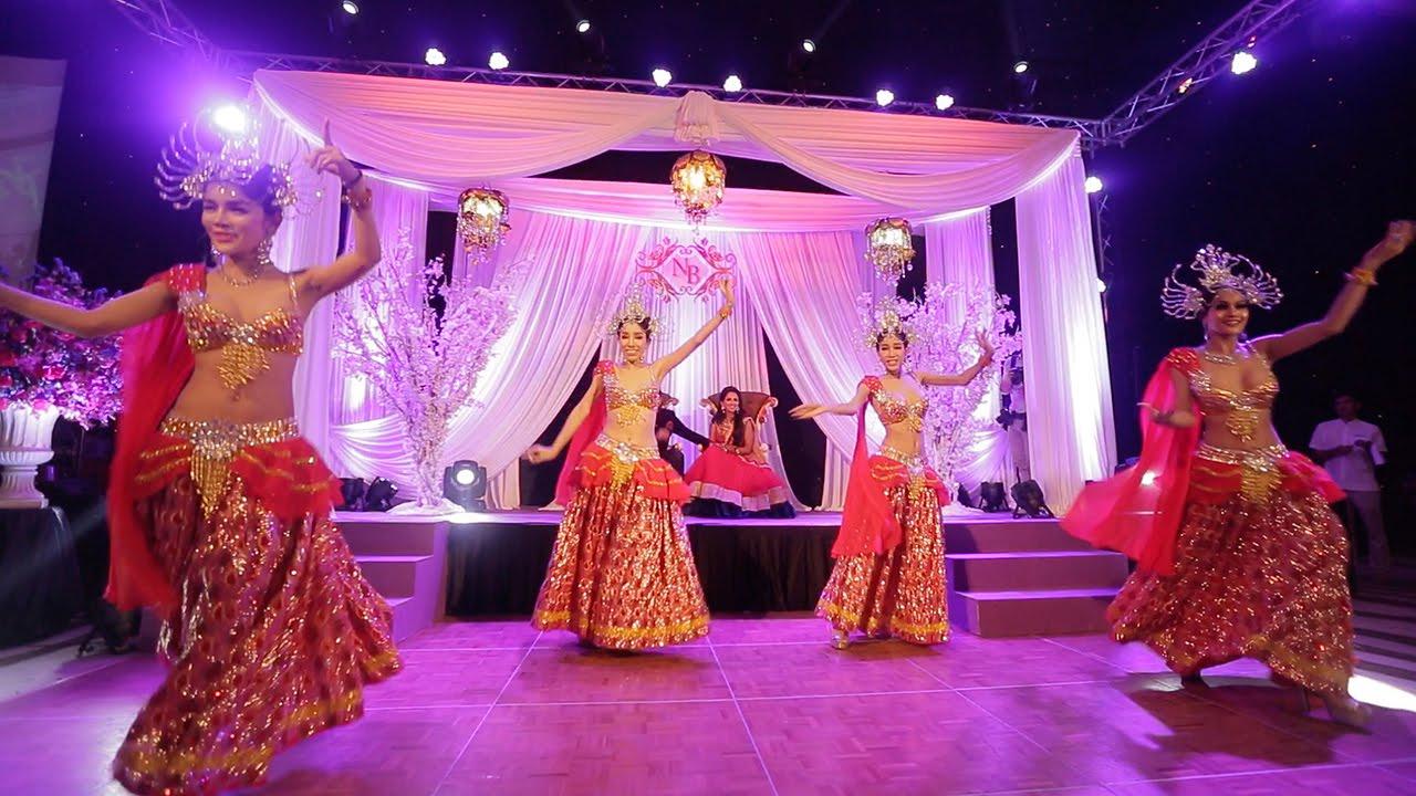 ladyboys dancing asian