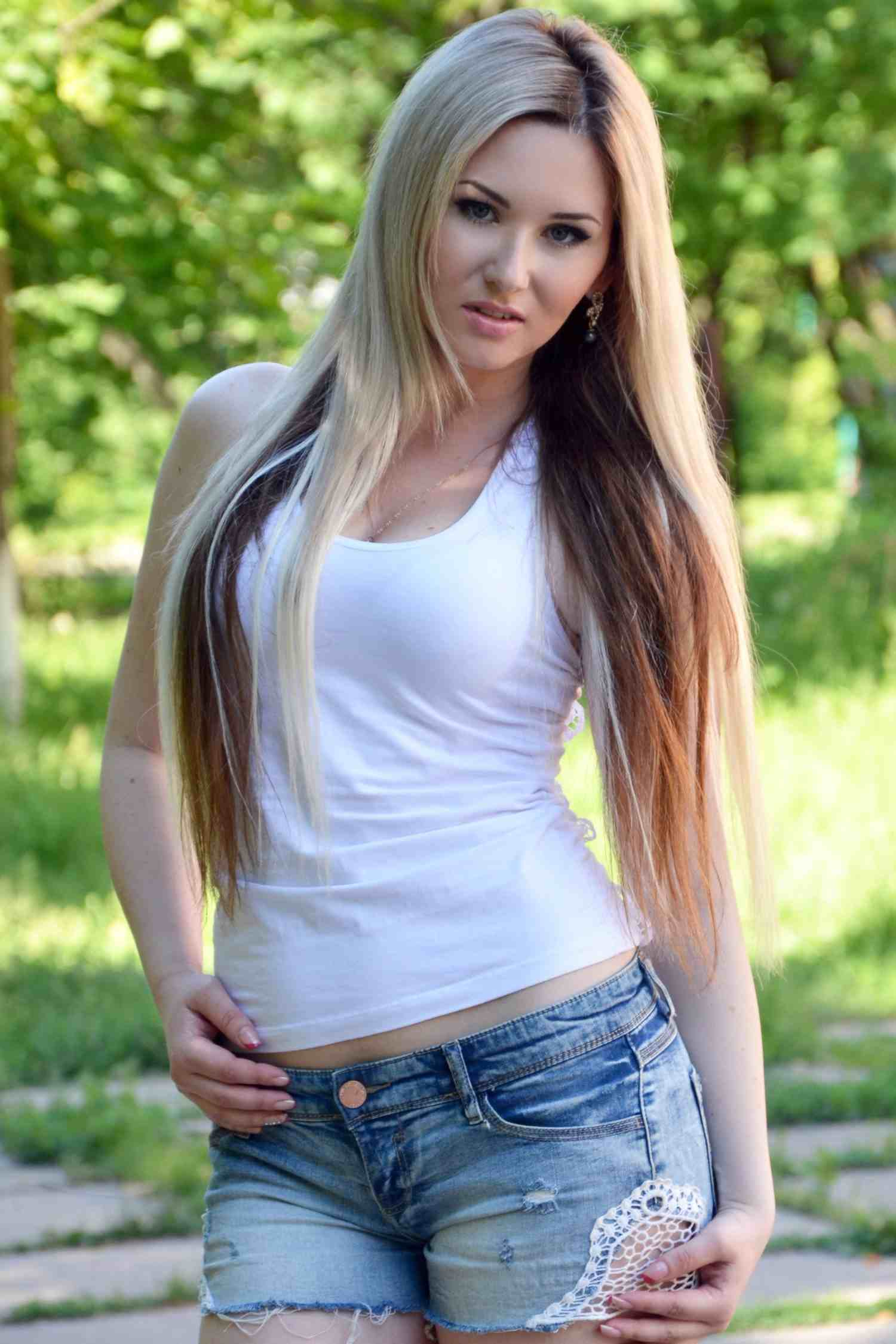 AntoniaAndCamilo