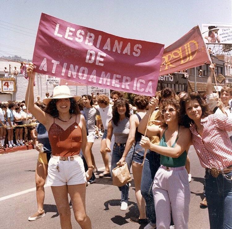 of lesbians latina pics
