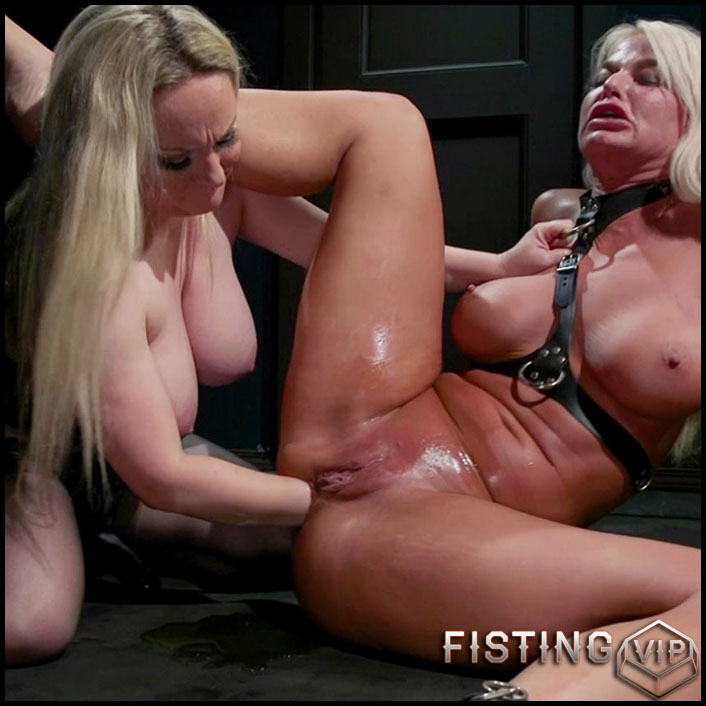porno anal fisting hd lesbian