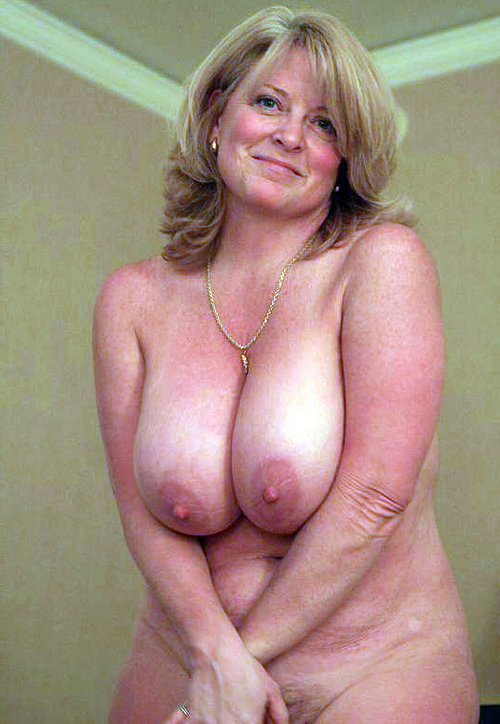 america in nudist places north
