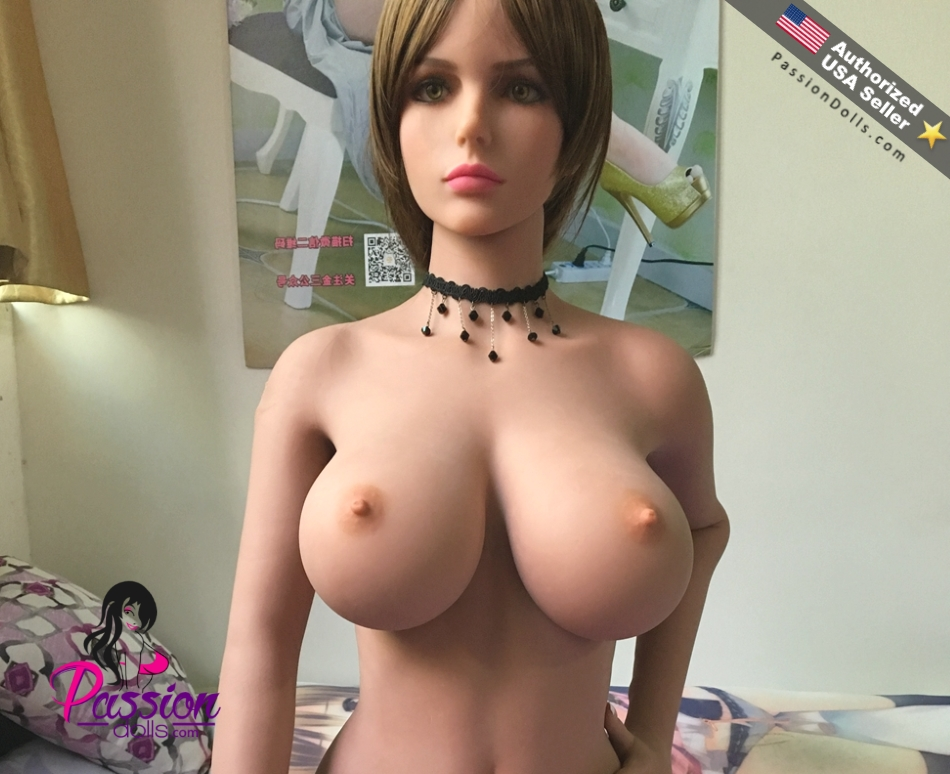 dolls looking realistic sex