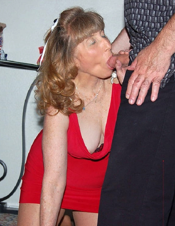 pictures older blowjob women free