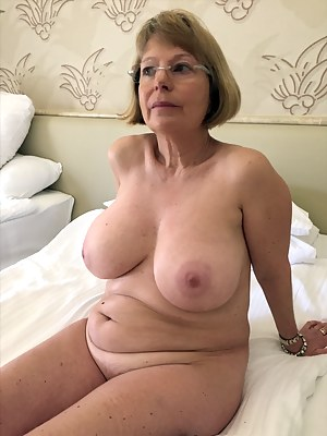 tubes mature butt